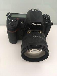 nikon d300s Numerique Professionnel Camera + Af-s Nikkor Zoom 18-70mm