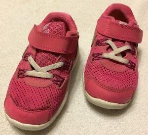 Toddler Girls Pink Nike Lunarglide 4 Shoes Size 7 5C