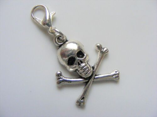 Skull /& Crossbones Clip On Charm /& Gift Bag