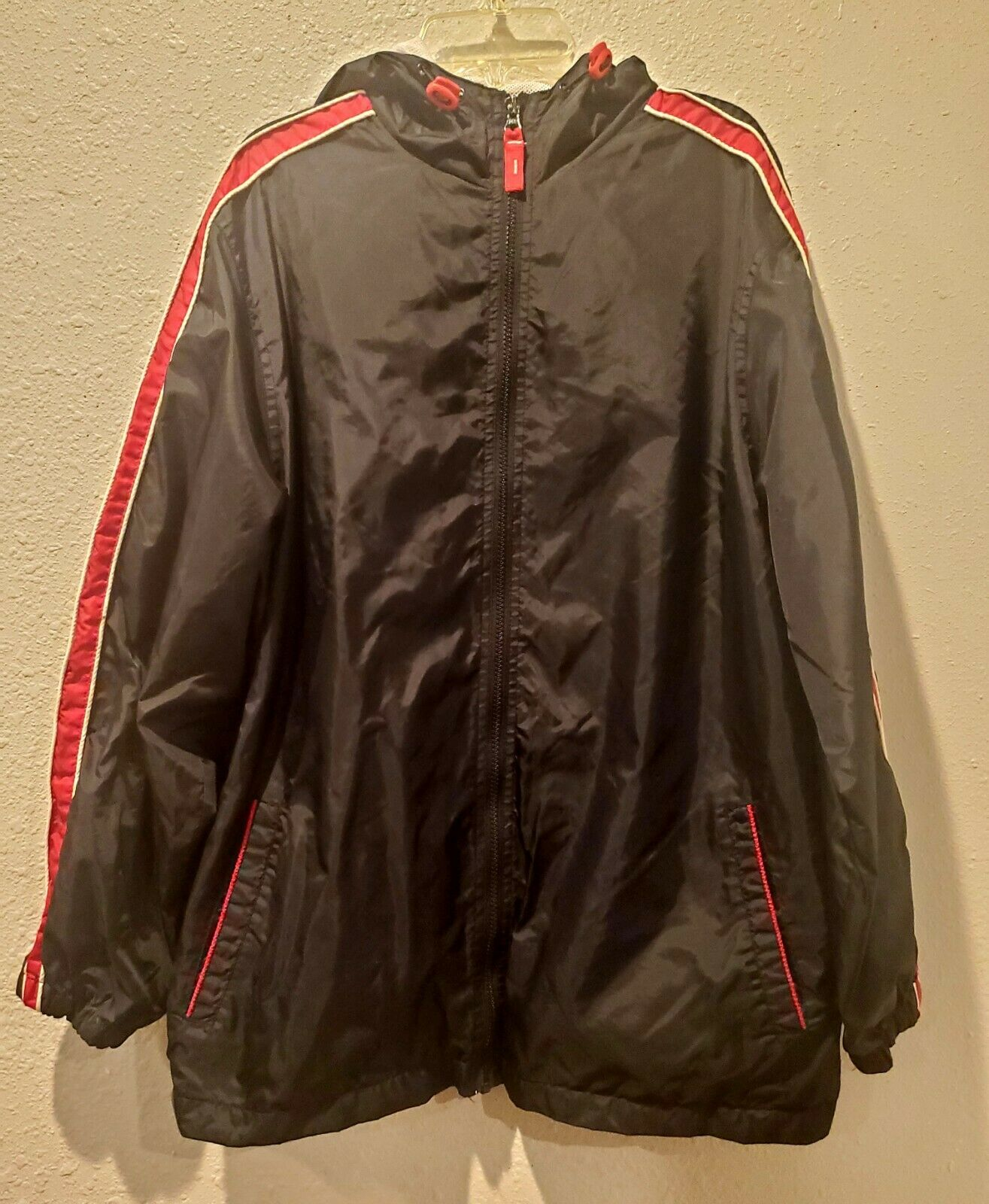 Avenue hooded wind Jacket 14/16 womens plus size black / red , zippered pockets