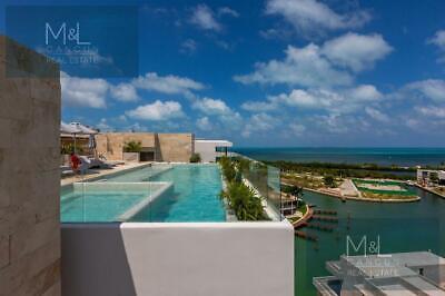 Departamento en Venta en Cancún RIVA, Penthouse de 3 recámaras. Puerto Cancún