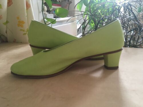 Martiniano Green Heels With Added Sole - sz 38 - image 1