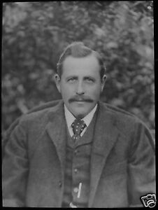 VICTORIAN Glass Magic Lantern Slide MANS PORTRAIT DATED SEPTEMBER 1894 PHOTO - <span itemprop='availableAtOrFrom'>Cornwall, United Kingdom</span> - Returns accepted Most purchases from business sellers are protected by the Consumer Contract Regulations 2013 which give you the right to cancel the purchase within 14 days after the day - <span itemprop='availableAtOrFrom'>Cornwall, United Kingdom</span>