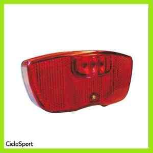 Fanale-posteriore-a-LED-per-bicicletta-Attacco-portapacco-batterie-INCLUSE