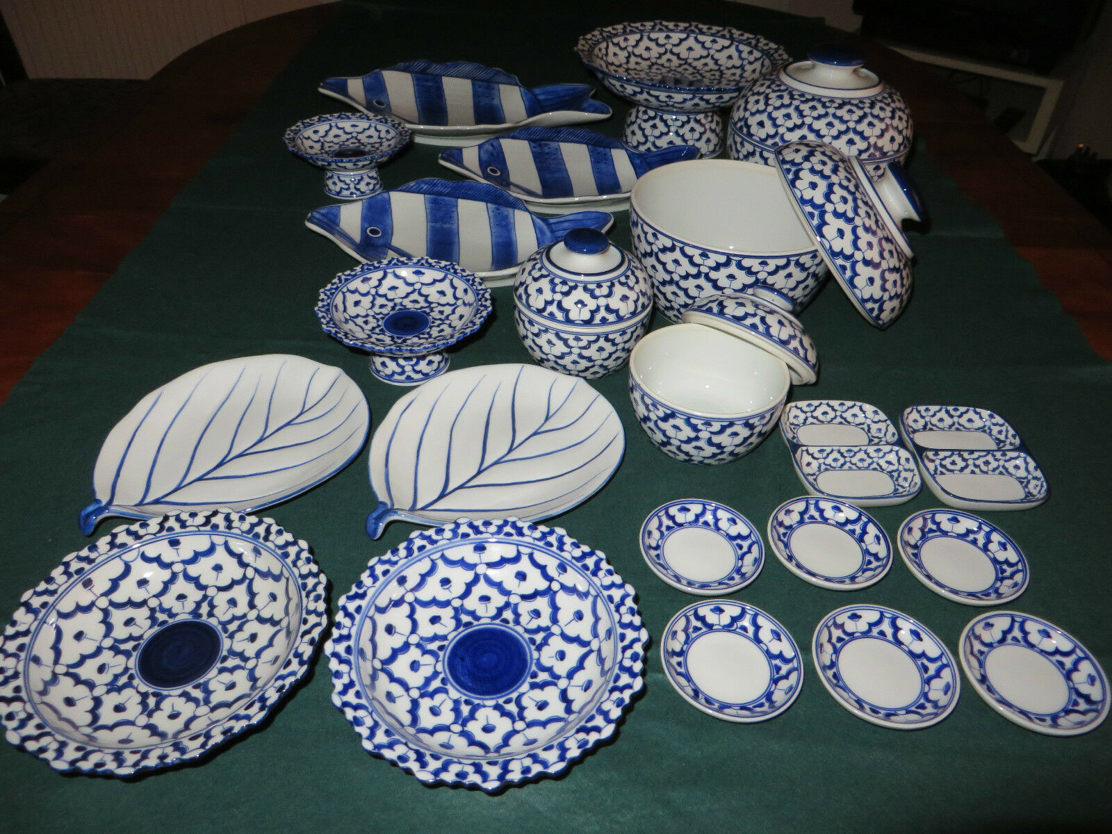 NEW - 22 pieces HANDPAINTED Thai bluee and White Serving Dishes Bowls