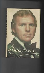 Bobby Moore The Authorised Biography 1976 Hardback Edition Football Book - <span itemprop=availableAtOrFrom>Lincolnshire, United Kingdom</span> - Returns accepted Most purchases from business sellers are protected by the Consumer Contract Regulations 2013 which give you the right to cancel the purchase within 14 days after the - Lincolnshire, United Kingdom