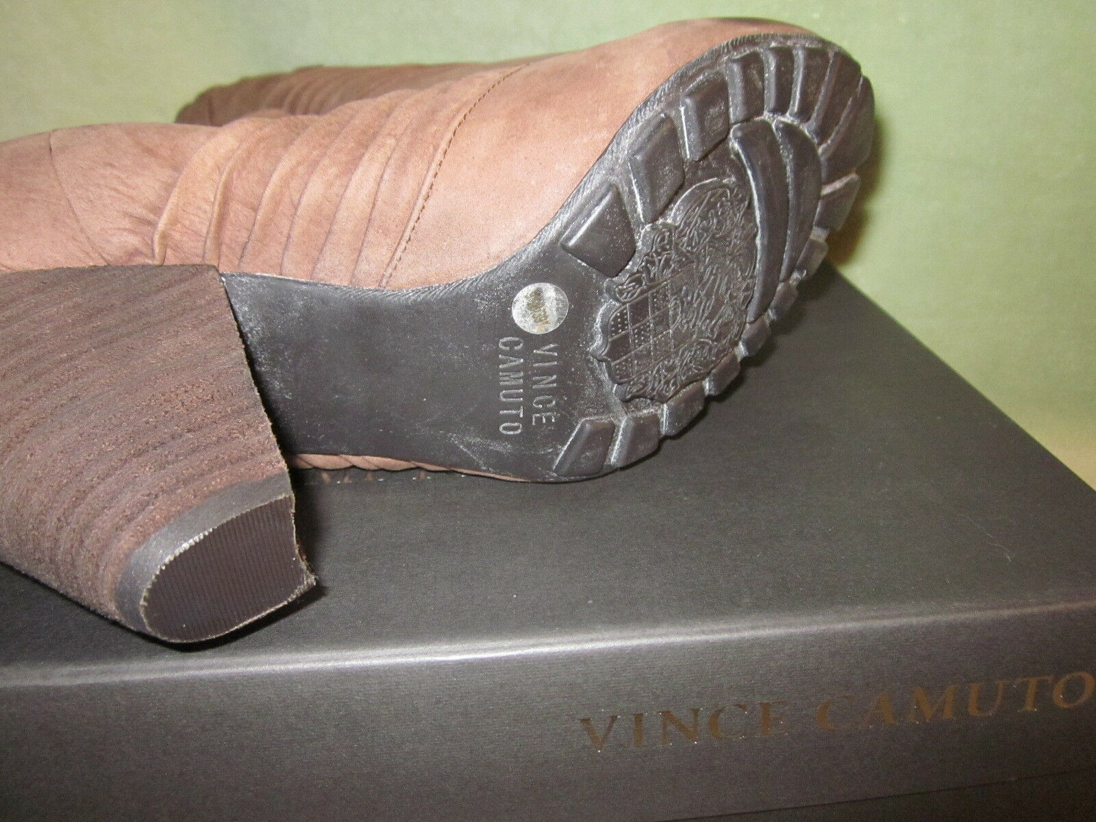Vince Taupe Camuto NIB 9.5M Bronco Taupe Vince Braun Soft Leder Short Bootie 4