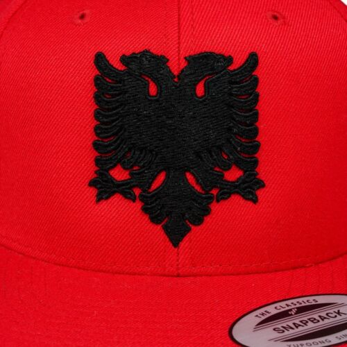 ORIGINALE YUPOONG Albania Adler Shqiperi SNAPBACK CAP Rosso//Nero 3d-Stick