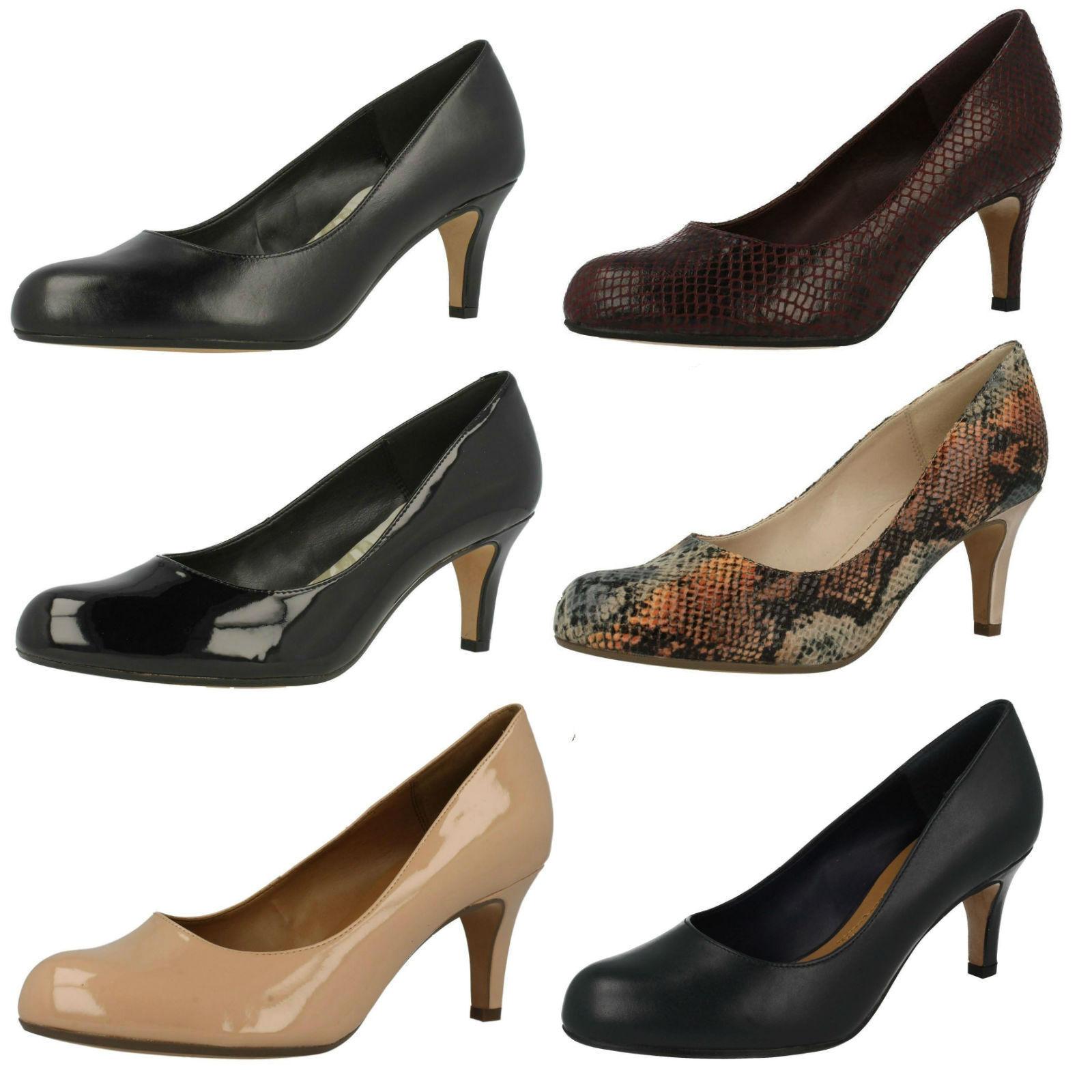 Mujer Clarks Arista Abe Inteligentes Zapatos De Salón Tacón Medio D & E Ajustes