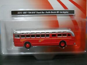 Ho-scale-1-87-Classic-Metal-Works-Bus-Athearn-trailer-truck