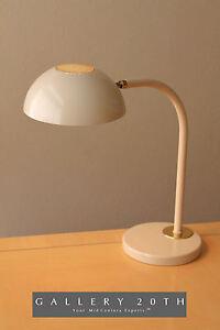 MID-CENTURY-MODERN-LAUREL-DESK-LAMP-NESSEN-PANTON-ATOMIC-1960-039-S-VTG-BRASS-RETRO