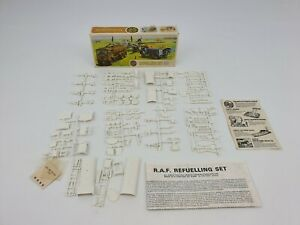 Airfix-Refuelling-Set-Complete-Model-Vintage-Military-Army-Toys-Boxed