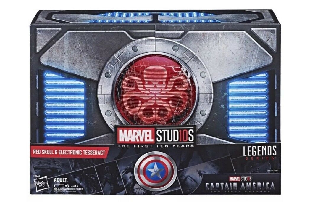 SDCC 2018 Hasbro Exclusive  Marvel Legends Red Skull 6  w  Electronic Tesseract
