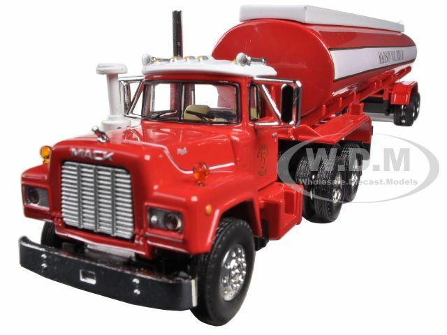 Mack r-model con 42' Tanque De Agua Remolque Madison Fuego 1 64 por First Gear 60-0289