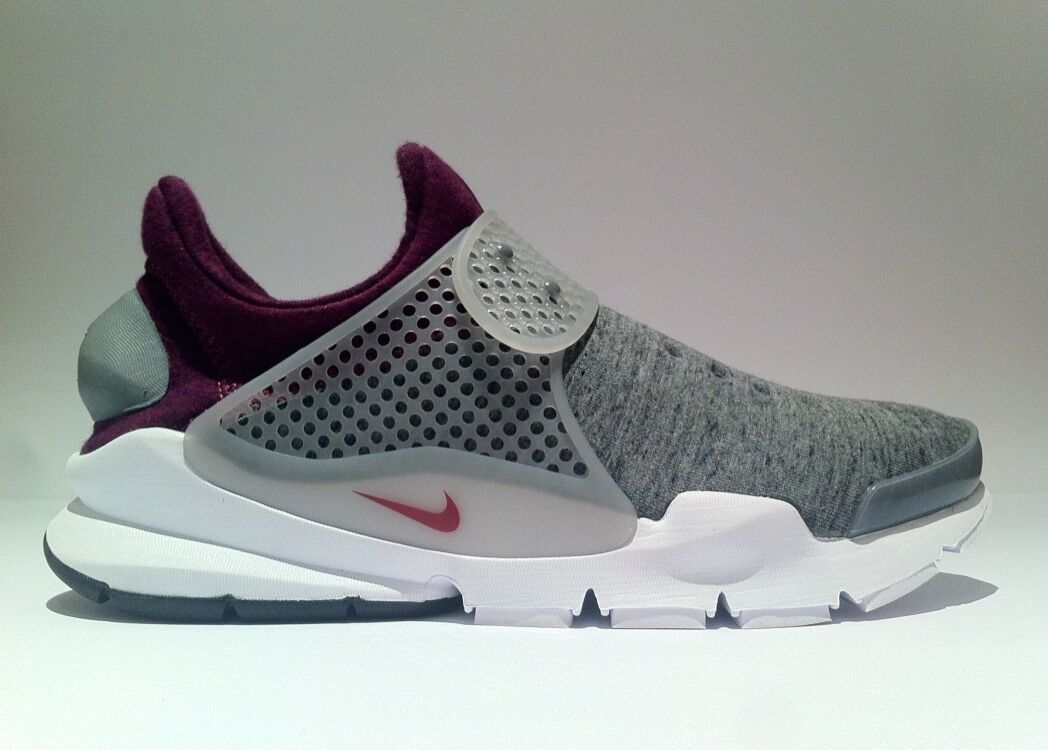 de3d6700b51e0 NIKE  Sock Dart Tech Fleece  Mulberry- Gris Dart Homme Sneakers US 6 ...
