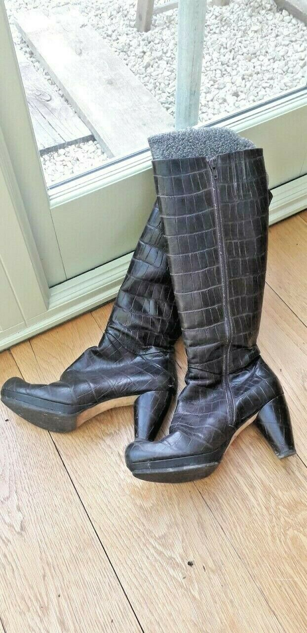 Audley of London, ladies boots, brown leather, nice condition, size 40, side zip