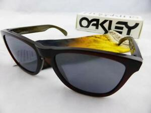 229ff97273 Image is loading Oakley-FROGSKINS-Sunglasses -Moto-Collection-Vapor-Black-Iridium-
