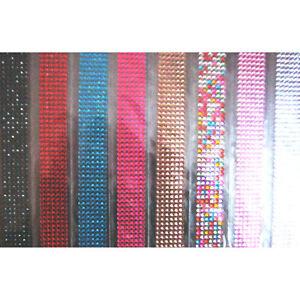 EMBELLISSEMENT STRASS A FACETTES ADHESIFS 4mm 8 couleurs LOT de 860