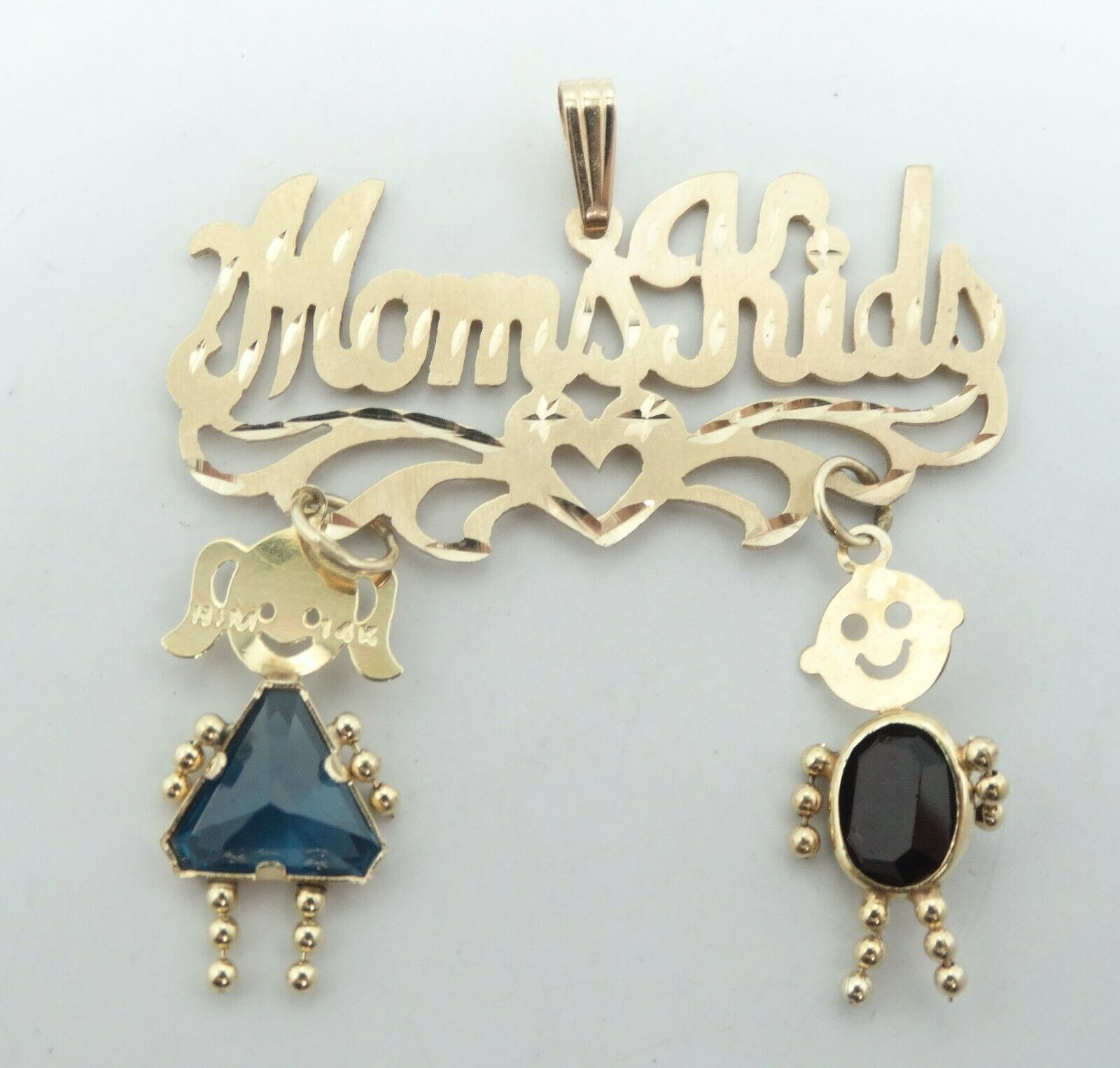 Very Cute 14K Yellowgold Dia Cut Brushed  Mom & Kids  Dangle Charm Pendant D7843