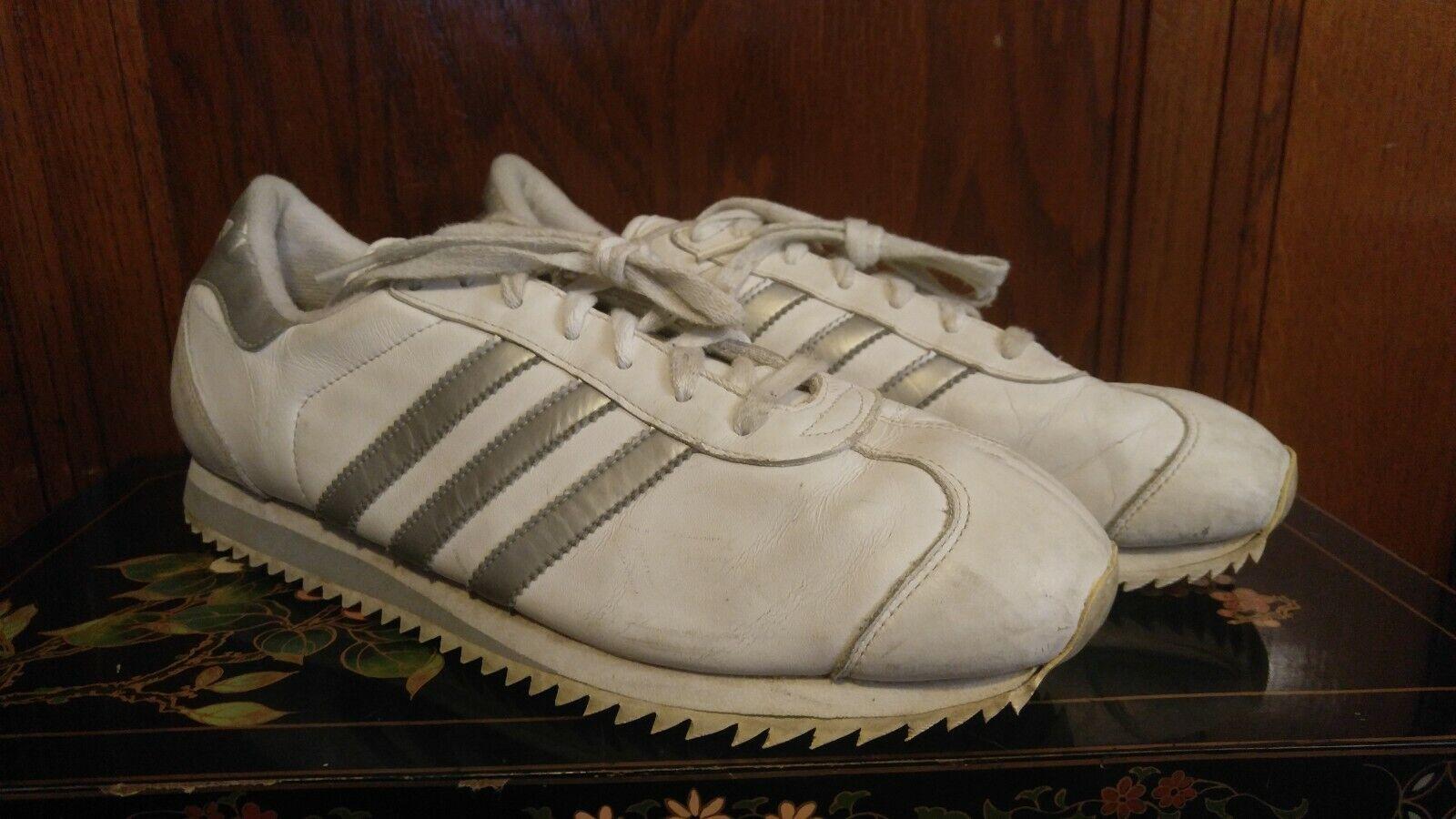Vintage blancoo y Plata Adidas Country-APE  779 Art no  667021