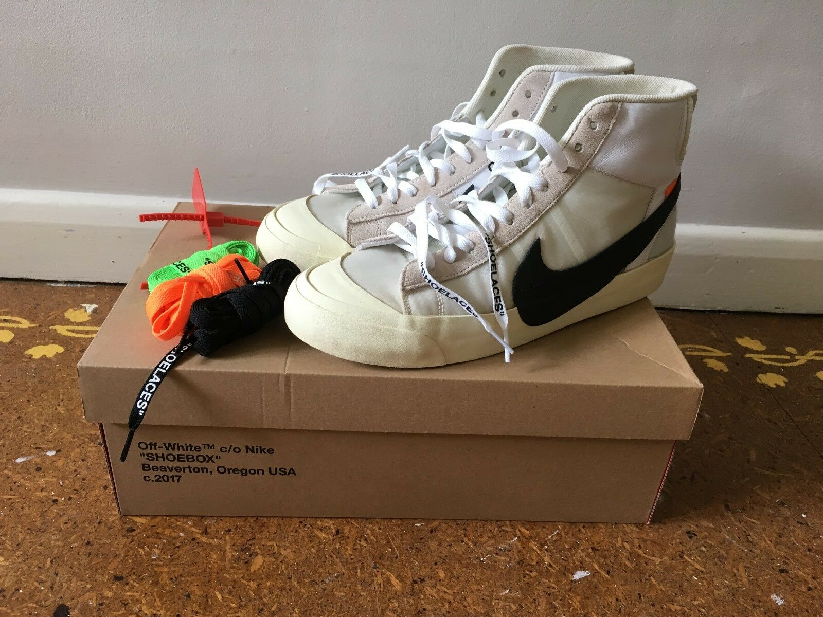 Nike Off-White 'The Ten' Blazers by Virgil Abloh. UK size 10, 100% genuine New shoes for men and women, limited time discount