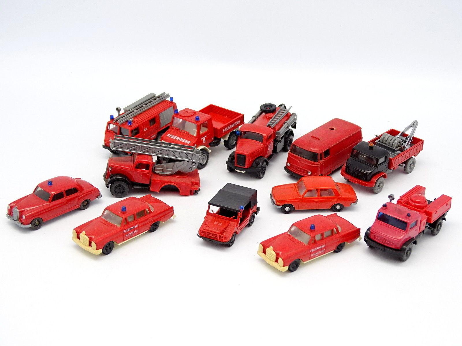 Divers 1 87 HO - Lot de 12 véhicules Pompiers Feuerwehr   Mercedes Auto Union