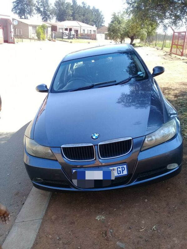 BMW e90  320d automatic stripping for parts
