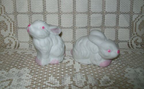 2 x SMALL VINTAGE WHITE & PINK RABBITS SALT & PEPPER SHAKERS 57cm