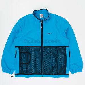 4db551e8fb540 Supreme FW18 Nike Trail Running Jacket parka box camp logo tee Blue ...