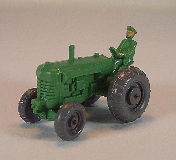 Wiking drahtachser tracteur type 1 avec chauffeur M. NCCD. attelage dans environ Maivert