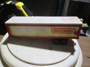 Matchbox-Superfast-Long-Haul-Articulated-Trailer-1979