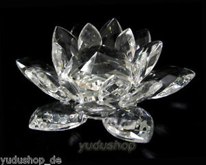 Water-Lily-Made-of-Crystal-Glass-Decorative-Glass-Paperweight