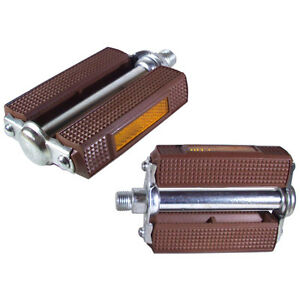 Pair of Bike Pedals Brown to Holland Folding Bike Vintage