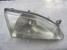 1998-2000 Toyota Corolla RH Passenger Headlight Lamp Assembly
