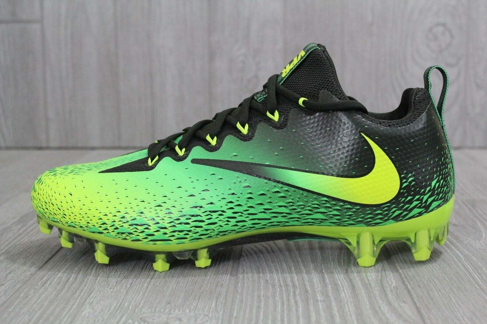 30 New Mens Nike Vapor Untouchable Pro Football Cleats Green 833385-373 10 - 11