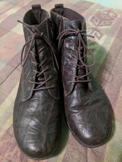 Clarks Mens Cotrell Rise Chukka Boot