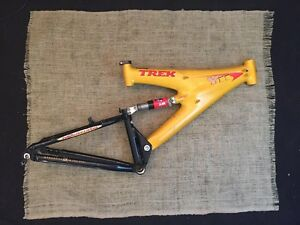 trek y11 oclv carbon full suspension mountain bike frame yellow usa ebay. Black Bedroom Furniture Sets. Home Design Ideas