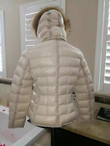 New-NWT-Authentic-Gorgeous-MONCLER-Armoise-Down-Jacket-with-Fur-Hood-size-3