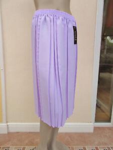 Envy-BNWT-Pale-Lavender-Pleated-Skirt-size-M