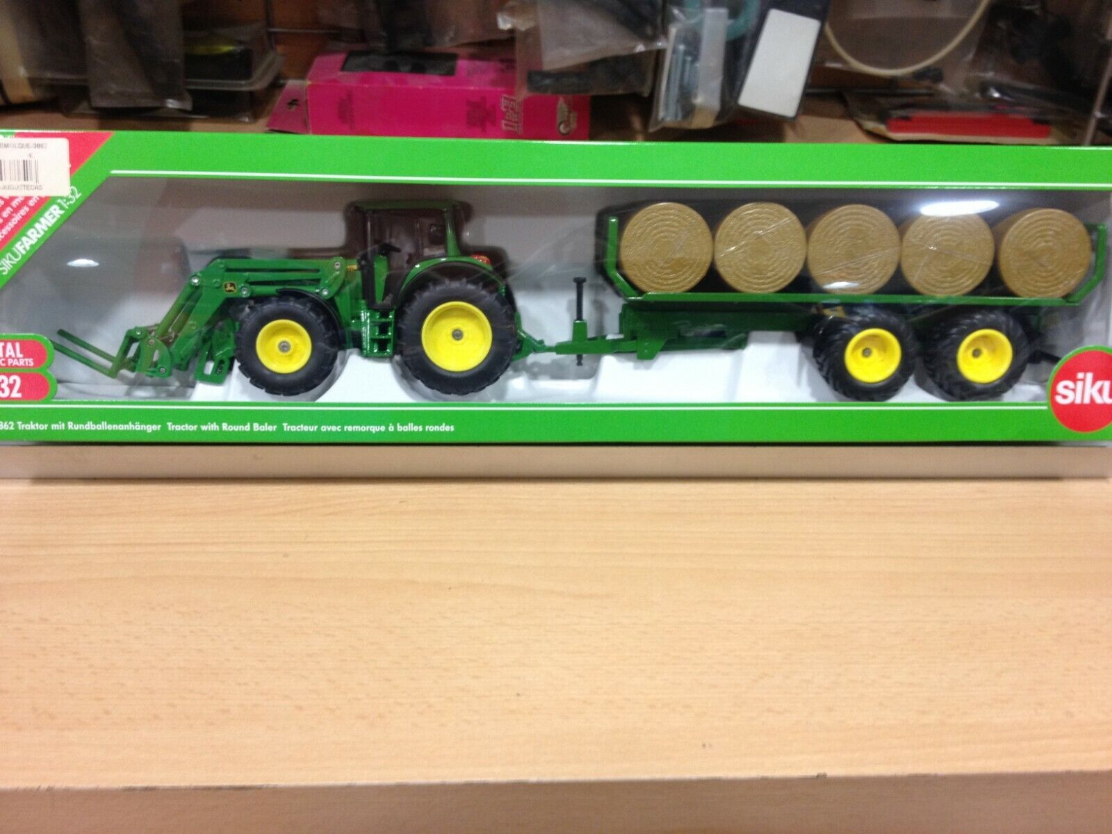 SIKU,escala 1 32,ref.3862,Tractor con remolque