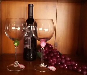 Hand-painted-Golf-theme-wine-glasses-Pinky-Boxed