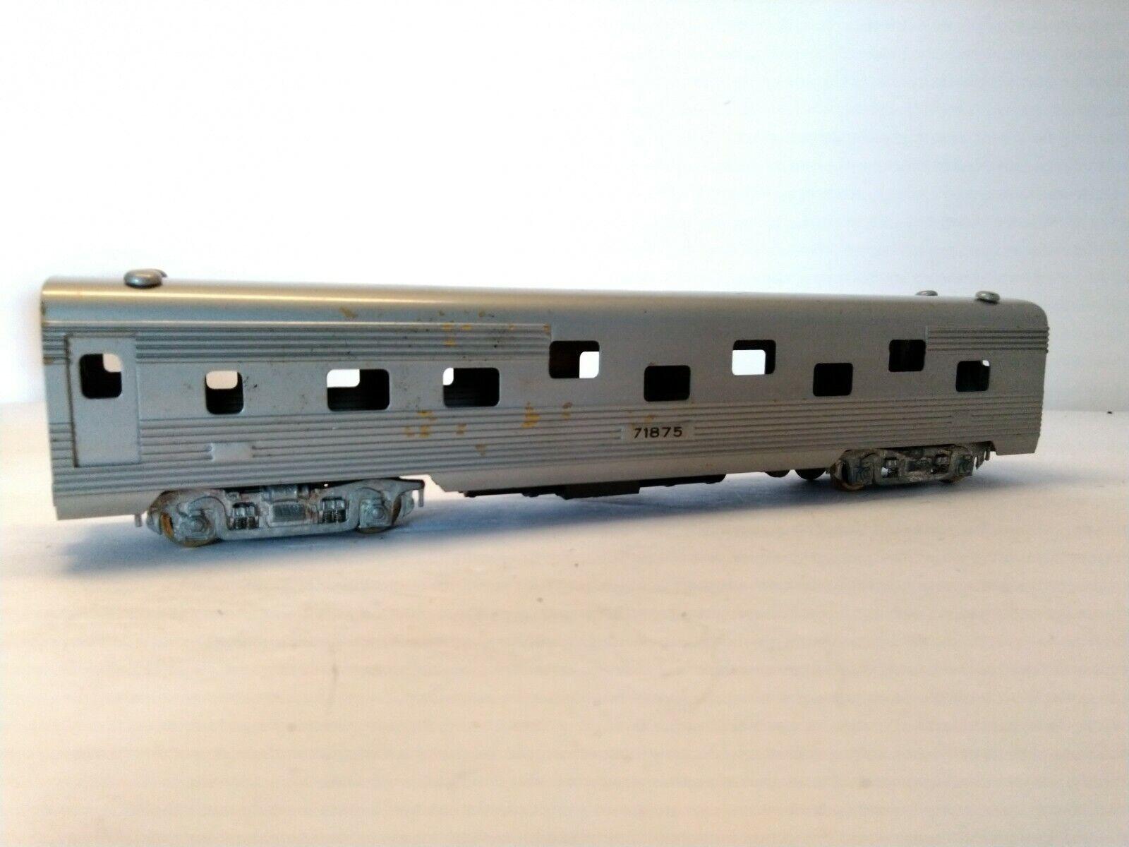 Tenshodo Streamlined Passenger Car  71875
