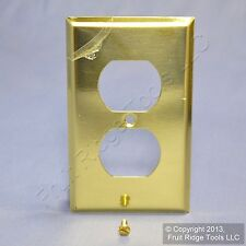 Mulberry Polished BRASS 1-Gang Outlet Cover Duplex Receptacle Wallplate 64101