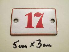 SMALTO numero n. 17 numero rossa su sfondo bianco 5 CM x 3 CM USATO