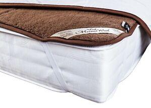 corner straps WOOLMARK Merino Wool Camel Mattress Topper 160 x 200 cm King Size