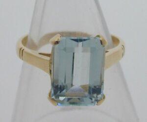 Vintage-18-Carat-Yellow-Gold-Aquamarine-Ring-3-08-carats-3-3-grams-size-J