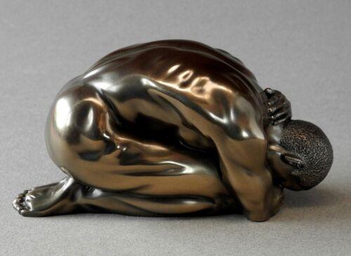 Figur L 14.00 cm man poses Athlet knieend Akt Skulptur BODY TALK 71751