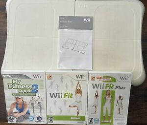 Nintendo Wii Fit Balance Fitness Board +3 Exercise Games+ Nyko Rechargeable Pack