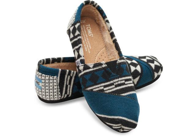 cf2f83647b219 Toms Womens Seasonal Classics Black White Knit Shearling Loafer Shoes 5