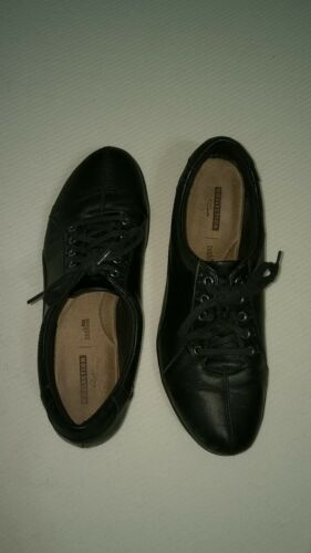 Clarks Women's Everlay Elma Lace Up Shoe 10M-US